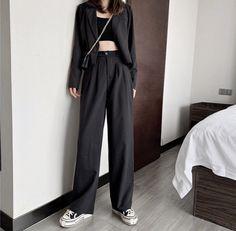Korean Street Fashion, Korea Fashion, Asian Fashion, Girl Fashion, Fashion Dresses, Fashion Looks, Fashion Brand, Petite Outfits, Trendy Outfits