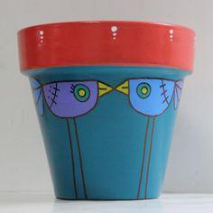 Amor suculento | Maceta pintada a mano en acrílico. Tamaño 18 cm. Painted Plant Pots, Painted Flower Pots, Raku Pottery, Pottery Bowls, Decorated Flower Pots, Clay Pot Crafts, Pottery Painting, Terracotta Pots, Garden Pots