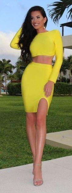 #spring #streetstyle | Mellow Yellow Skirt Set | Laura Badura