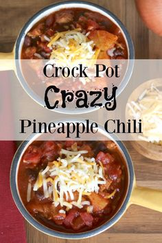 Contest-winning chili with an amazing flavor twist that people go crazy over! Quick and easy in the slow cooker - and healthy, too! A guaranteed win! Best Chili Recipe, Chilli Recipes, Gourmet Recipes, Crockpot Recipes, Soup Recipes, Cooking Recipes, Healthy Recipes, Crazy Chili Recipe, Cooking Games