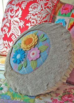 woolly and furry bouquet pillow... | Flickr - Photo Sharing!