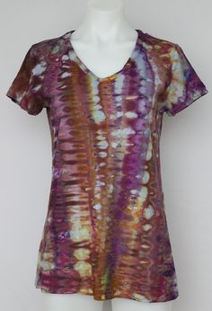 Tie Dye T-shirt Ice Dyed V neck  size Large  by ASPOONFULOFCOLORS