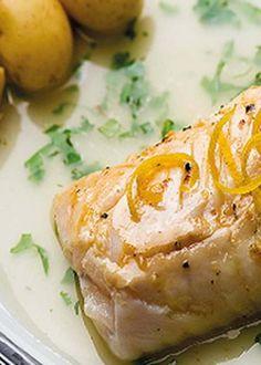Lombos de peixe com molho de coentros e limão