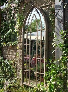 idee decoration jardin miroir