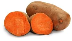 Growing sweet potatoes — a great storage crop for those looking to be food self-sufficient — is simple in many climates from Mother Earth News. Salad With Sweet Potato, Potato Salad, Six Pack Diet, Sweet Potato Benefits, Growing Sweet Potatoes, Vitamin A, Valeur Nutritive, Iron Rich Foods, Growing Vegetables