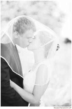 Classic Black and White Wedding Pictures - love them!!  Specially under the veil shots!  Green Villa Barn & Garden Wedding // Independence Oregon Wedding // Country Barn Wedding // Wedding Photographer | Imago Dei Photography | Xiomara Gard