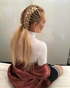 This schoolgirl favorite is all grown up. See the 12 new braided hairstyles we c… This schoolgirl favorite is all grown up. See the 12 new braided hairstyles we c…, This schoolgirl favorite is all grown up. See the 12 new braided hairstyles we c. Medium Hair Styles, Curly Hair Styles, Natural Hair Styles, Hair Medium, Hair Styles For Long Hair For School, Easy Hairstyles For Medium Hair For School, Hair Braiding Styles, Ponytail Styles, Medium Long