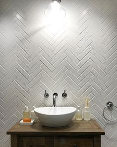 Clean bathroom makes me so happy.one thing missing tho.a MIRROR 🖤 my herringbone tiles. Loft Bathroom, Bathroom Wall, Bathroom Interior, Bathroom Ideas, Simple Bathroom, Bad Inspiration, Bathroom Inspiration, White Tile Backsplash, Tiles