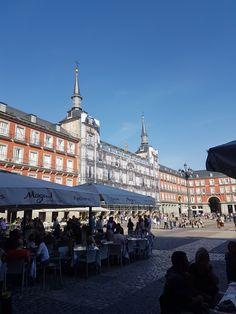 Edificios históricos de Madrid Madrid, Louvre, Building, Travel, Temple, Viajes, Buildings, Destinations