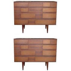 Rare Pair of Gio Ponti Walnut Dressers for M. Antique Furniture, Cool Furniture, Modern Furniture, Furniture Design, Furniture Storage, Walnut Dresser, Gio Ponti, Chest Of Drawers, Vintage Home Decor