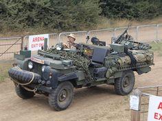 File:Land Rover, licence registration '-14.JPG
