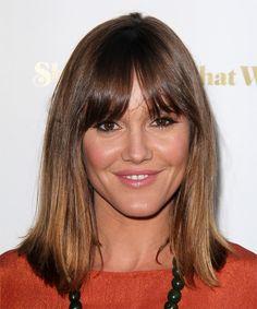 Erinn Hayes Hairstyle - Medium Straight Casual - Medium Brunette