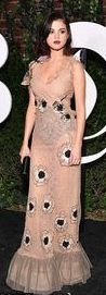 She's making head turn at all the latest fashion events. And Selena Gomez added another red carpet to her resume as she was sophisticated chic in a gorgeous gown in New York on Saturday.