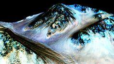 ¿Qué significa que haya agua en Marte?. Los investigadores piden que no supongamos de más; el hecho de que haya agua congelada, corriente o ambas..