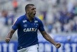 src=Xhttp://s2.glbimg.com/zMt_4_8L7iLN_TvAlD8Rnm8BLQ8=/160x108/smart/s.glbimg.com/es/ge/f/original/2017/02/05/cruxtri_006272.jpg> Só falta assinar: Cruzeiro renova com patrocinador master por mais um ano ]http://globoesporte.globo.com/futebol/times/cruzeiro/noticia/2017/03/so-falta-assinar-cruzeiro-renova-com-patrocinador-master-por-mais-um-ano.html #cruzeiro ℹ