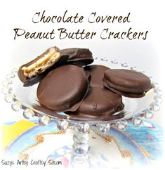 A great idea! Chocolate covered peanut butter crackers- you can't beat chocolate! #recipe