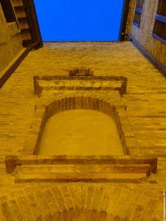 [The villages of the hats district] ... inside the castle of Massa Fermana: a detail. Alba: particolari all'interno del castello di Massa Fermana. #HatsDistrict