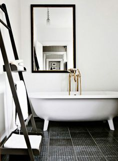 Image:Lovely Life  Freestanding bathtubs, whether stylishly streamlined or intricately antique, bring a sense of sophistication and