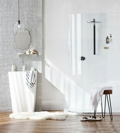 modern bathroom design | hex tile accent wall