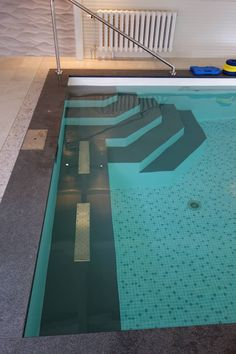 Moderne Pools, Piscina Interior, Backyard Pool Designs, Jacuzzi, Ideas Para, Indoor, Outdoor Decor, Sewing Leather, Fresh