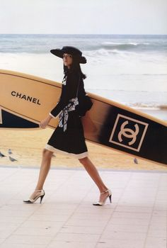 Chanel beach bum.-- reminds me of Gin
