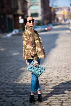 If You Read One Article About Fashionistas, Read This One | The Keys are Military Jacket + Statement Accessories #streetstyle #siammpatragirl