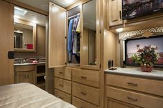 Thor Motor Coach Motorhomes Thormotorcoach On Pinterest