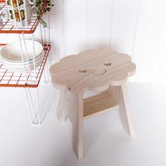 wolk krukje keukenkruk Sit on a Cloud lief houten -kinderkamer badramer keuken kruk Studio Zoethout