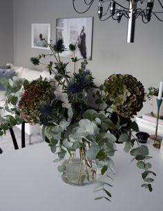 plantagen Beautiful Flower Arrangements, Fresh Flowers, Dried Flowers, Floral Arrangements, Beautiful Flowers, Flower Drawing Images, Ikebana Sogetsu, Luxury Flowers, Arte Floral