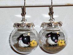 Ohrringe Schaf Tier Damen Hänger Ohrschmuck Modeschmuck Glas Durchzieher