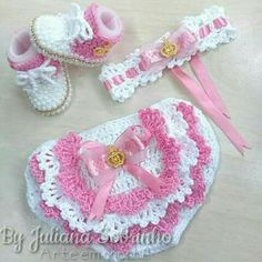 47 Ideas for crochet baby doll clothes diaper covers Baby Girl Crochet, Crochet Baby Clothes, Newborn Crochet, Crochet Baby Hats, Crochet For Kids, Baby Newborn, Baby Dress Patterns, Baby Knitting Patterns, Crochet Patterns