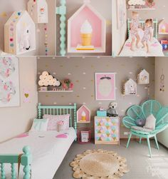 This pink x mint lovely kids' room brings so much joy and sweetness!