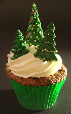 Christmas cupcake decorating ideas for you, enjoy!