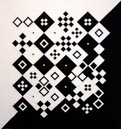 Contrast black and white quilt, Linda Rotz-Miller Quilting Projects, Quilting Designs, Neutral Quilt, Black And White Quilts, Quilt Modernen, Two Color Quilts, Geometric Quilt, Art Textile, Mini Quilts