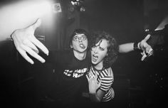 Sid and Michelle from Skins UK aka Mike Bailey and April Pearson Skins Generation 1, Mike Bailey, Cassie Skins, Skin Aesthetics, Skins Uk, Teenager, New Skin, Best Tv Shows, My Heart Is Breaking