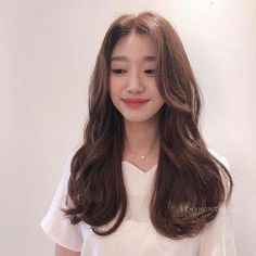 Пин от пользователя chen aeri на доске 긴 머리 Long Face Hairstyles, Permed Hairstyles, Pretty Hairstyles, Long Hair Cuts, Wavy Hair, Korean Haircut Long, Korean Hairstyle Long, Ulzzang Hair, Asian Hair