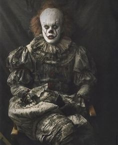 Pennywise stuff I guess? Scary Clowns, Evil Clowns, Creepy, Clown Horror, Horror Art, Scary Movies, Horror Movies, Geek Movies, Scary Wallpaper