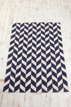 5x7 herringbone rug via UO $74