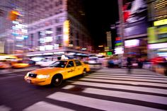 "Action Photography: The Tips You Should Use – PictureCorrect. Author: Autumn Lockwood. Photo: ""The Daily Show: Times Square Taxi"" captured by Carol Stark. http://www.picturecorrect.com/tips/action-photography-tips/"