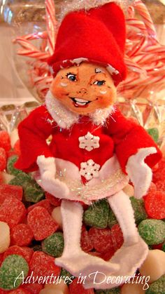 CUTE DECOR IDEA!  ANNALEE Elf w/Goodies!
