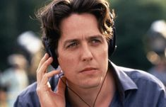 Hugh Grant - Notting Hill - also in Music & Lyrics Hugh Grant Notting Hill, Notting Hill Movie, Famous Men, Famous Faces, Hugh Grant Young, British Men, Romantic Movies, Great Movies, Pretty Boys