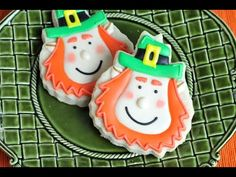 Leprechaun Cookies for St. Patrick's Day Using a Pineapple Cookie Cutter https://www.youtube.com/watch?v=pJBTzmXWWjo