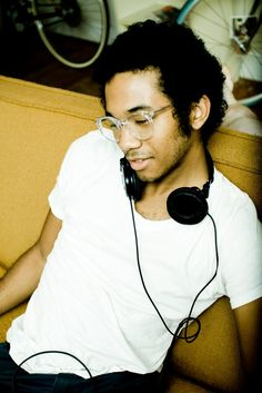 Toro Y Moi  I love Chaz. Here's the awesome geeky black dude I've always wanted.