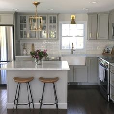 Inspiration for small kitchen remodel ideas on a budget (51)