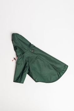 Rainbreaker, Green Dog Clothing, Put On, Ready To Wear, Raincoat, Dress Up, Green, How To Wear, Clothes, Collection