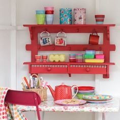 look at the comprehensive furniture ideas specifically for your dining or living room that includes pallet table, cabinet, pallet wall arts and much Red Kitchen, Vintage Kitchen, Kitchen Decor, Kitchen Ideas, Kitchen Things, Kitchen Shelves, Vintage Table, Wall Shelves, Kitchen Interior