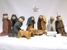 Nativity Trio in Bright Blue and Straw by ChristieConeCeramics