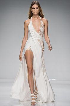 Sfilata Atelier Versace Parigi - Alta Moda Primavera Estate 2016 - Vogue