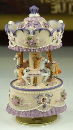 Laxury 3-horse Carousel Music Box, Purple&yellow&white Shade, Play the Castle in the Sky Tune,Model MP334