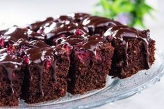 Desert negresa cu nuci si cirese Brownie Recipes, Cookie Recipes, Dessert Recipes, Food Cakes, Something Sweet, Sweet Treats, Food And Drink, Yummy Food, Sweets